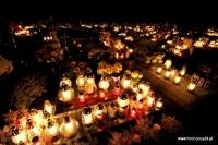 Głubczyn cmentarz zdjęcia nocą